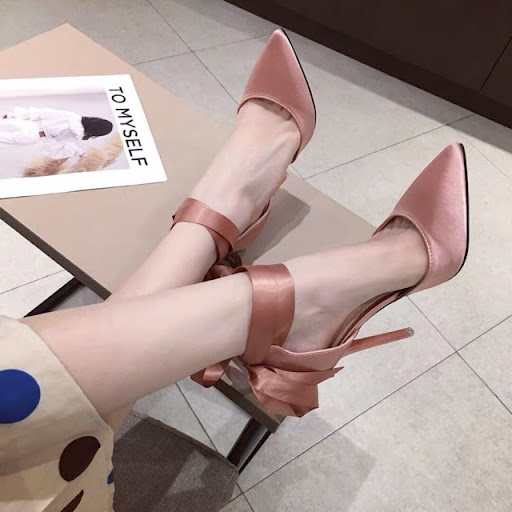 Giày cao gót cột dây cổ chân mũi nhọn